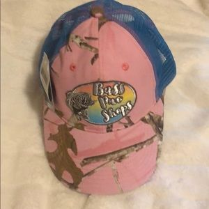 NWT Bass Pro Shops Hat Youth